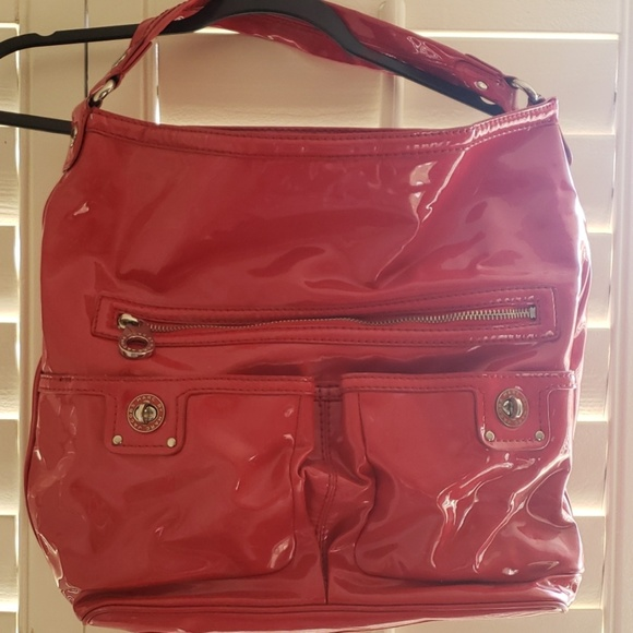 Marc Jacobs Handbags - Marc jacobs red patent handbag